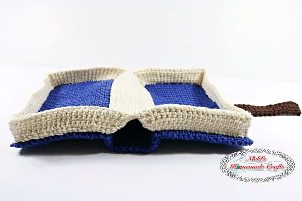 Free Book Cover Crochet PatternFree Crochet Pattern using the thermal stitch for a Book Cover Pattern, bible, books, potholders, blankets, study bottoms, bags