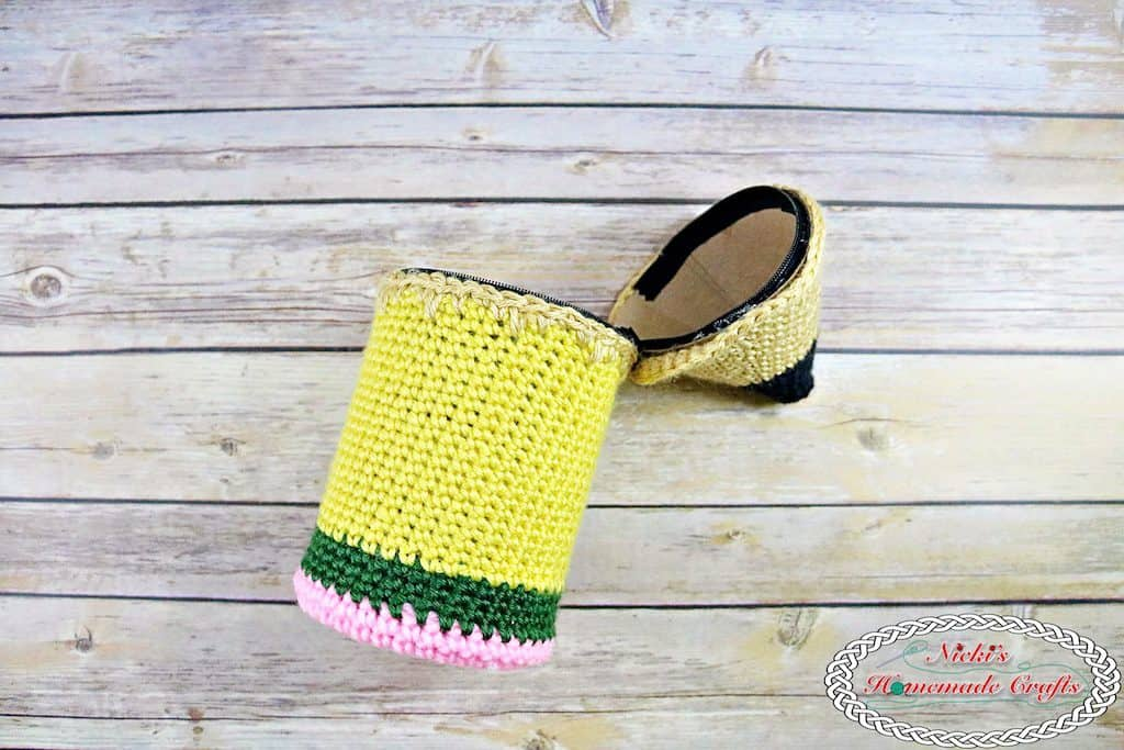 Finished crocheted Pencil shaped pencil holder