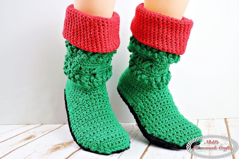 Adult Christmas Elf Booties - Free Crochet Pattern