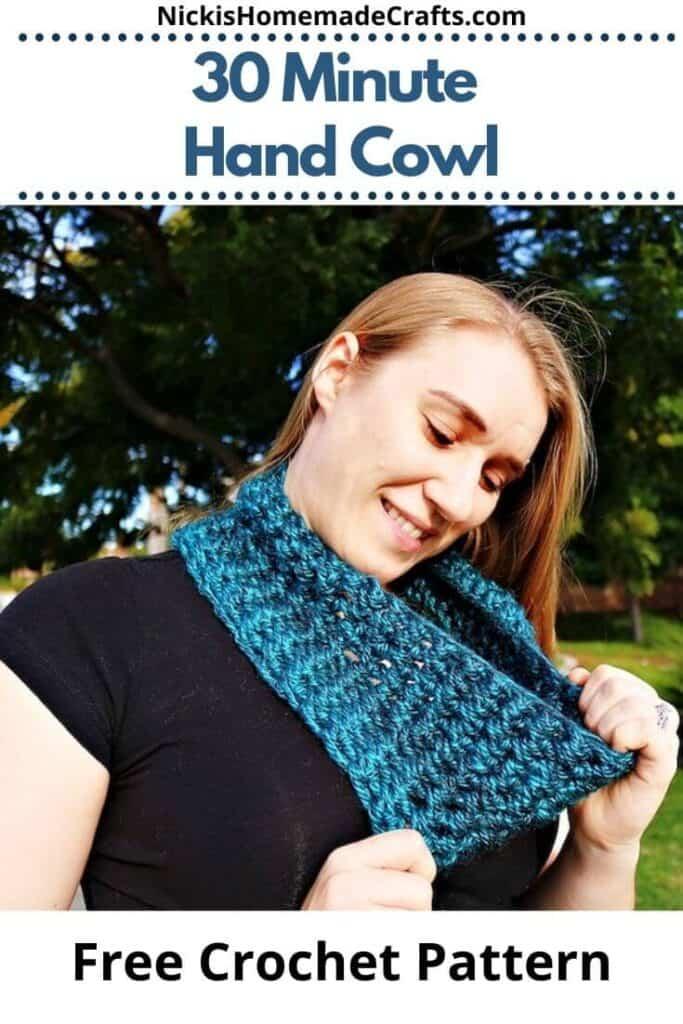 Crochet 30 Minute Hand Cowl