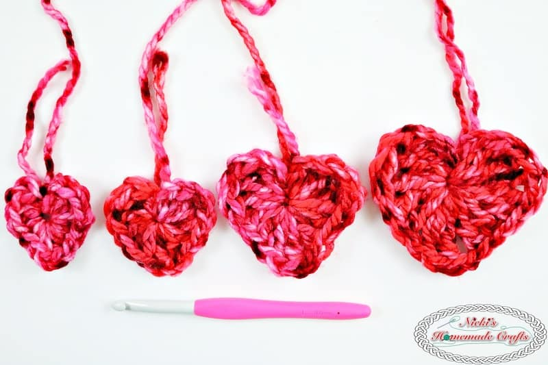 Flying Hearts for the Pillow Case made without Sewing or Slip Stitches - Free Crochet Pattern by Nicki's Homemade Crafts #crochet #pillow #case #flying #hearts #without #sewing #slipstitches #Valentinesday #love #cozy #comfy #easy #video #tutorial