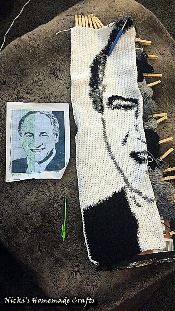 How to crochet a graphgan using the bobbin method - Crochet portrait
