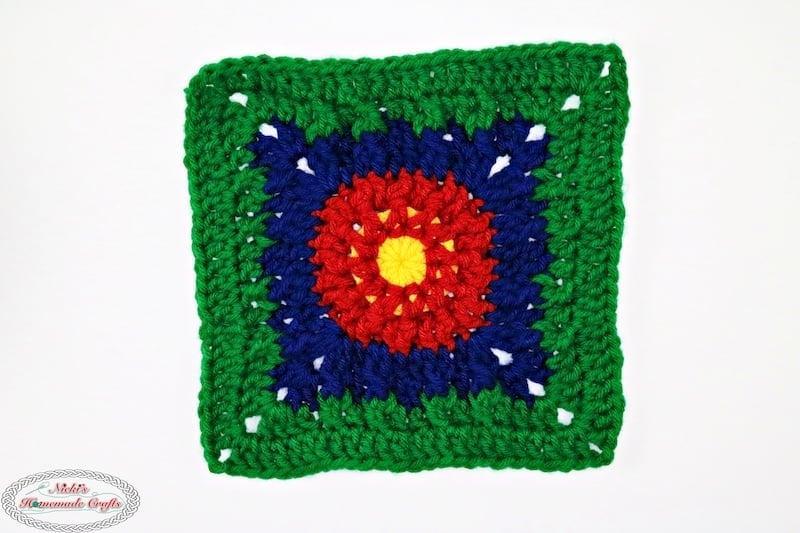 one crochet flower square for the blanket