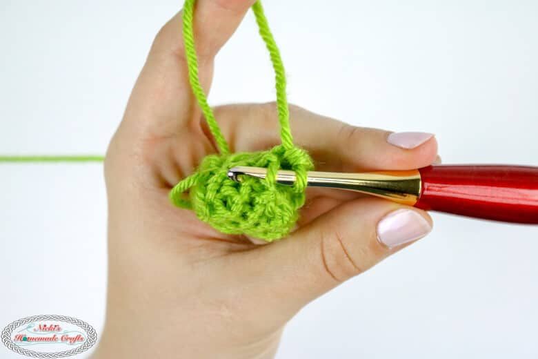 how to crochet a rope