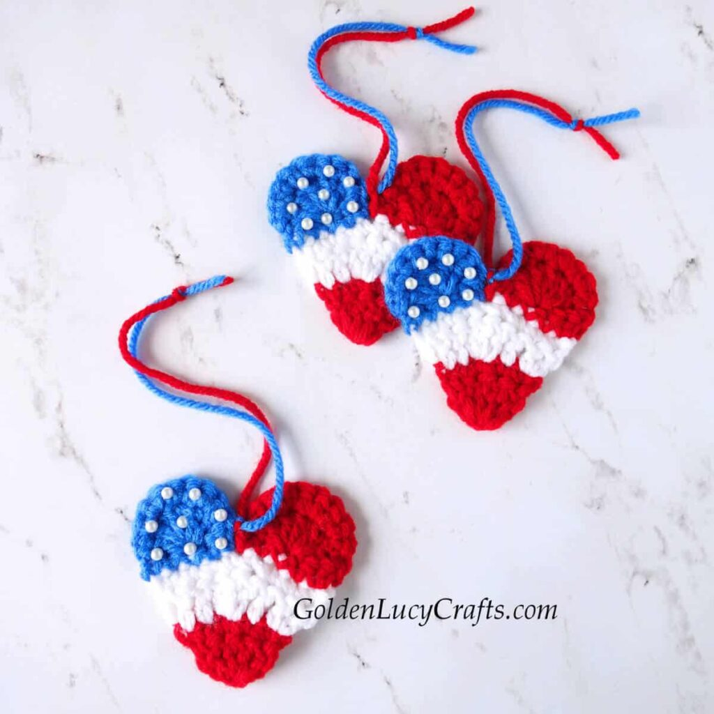 Crochet Heart in the colors of US flag