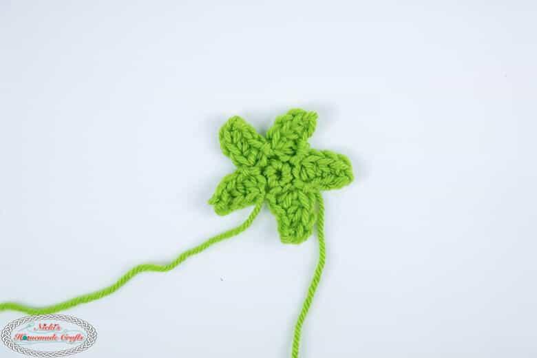 Crochet a Sepal for Rose