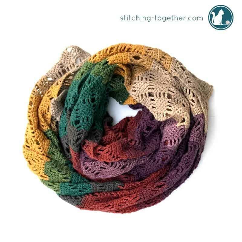 wrap me in diamonds free crochet scarf