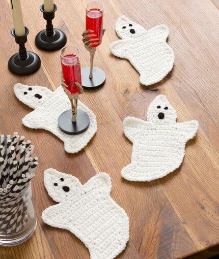 free crochet Halloween ghost coaster pattern