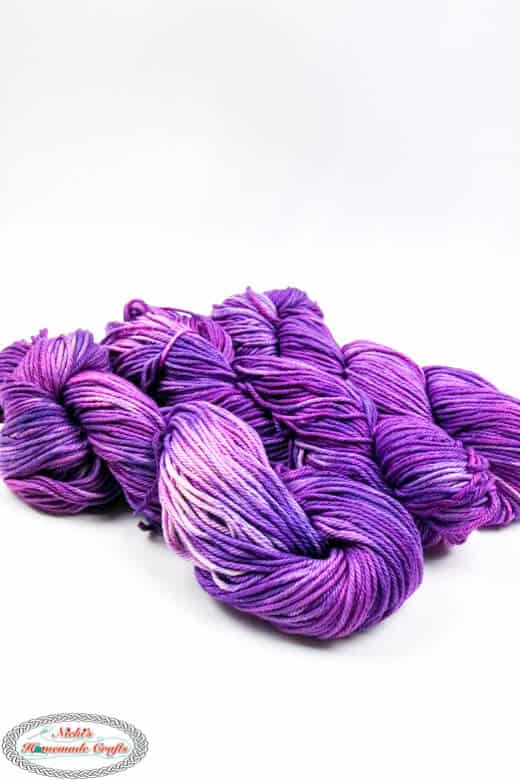 dyed cotton yarn from a hank or big circle
