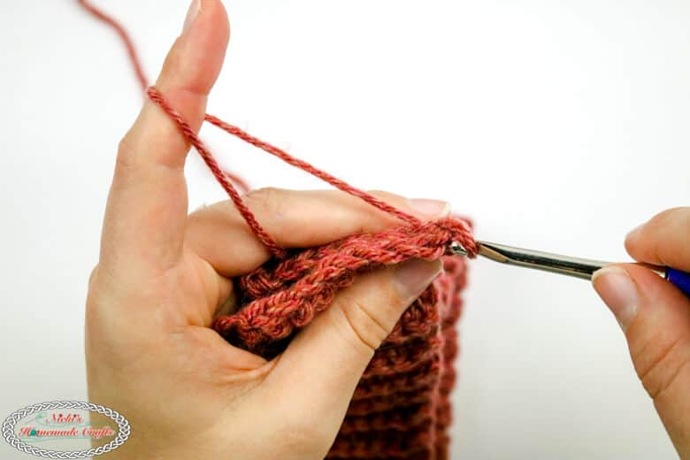 slip stitching the crochet ribbing for hats bottom up tutorial