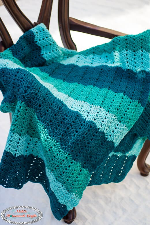 Crochet Pattern for Easy Chevron Blanket