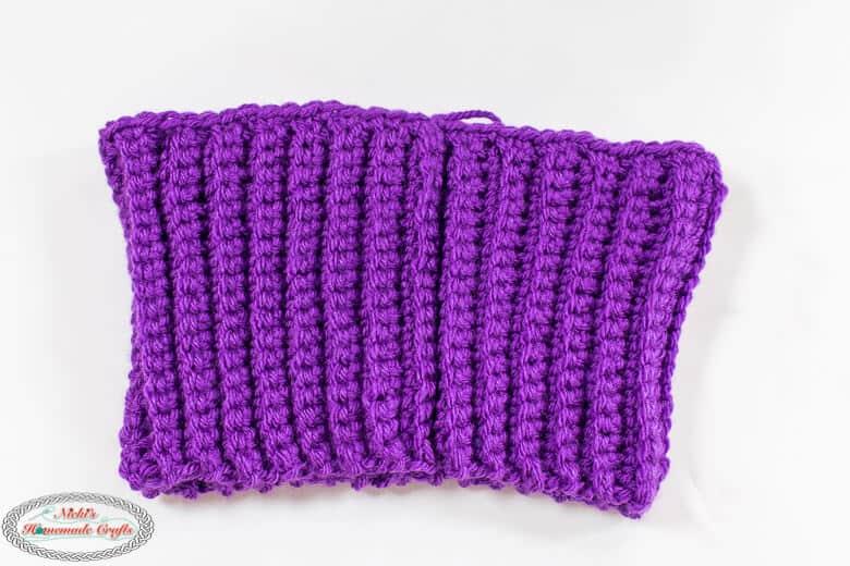 Crocheting a brim