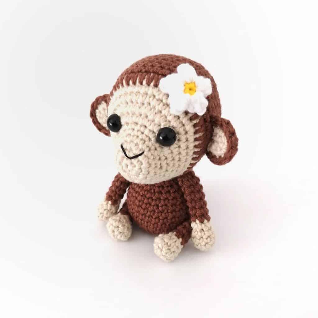 maisy the monkey free amigurumi pattern