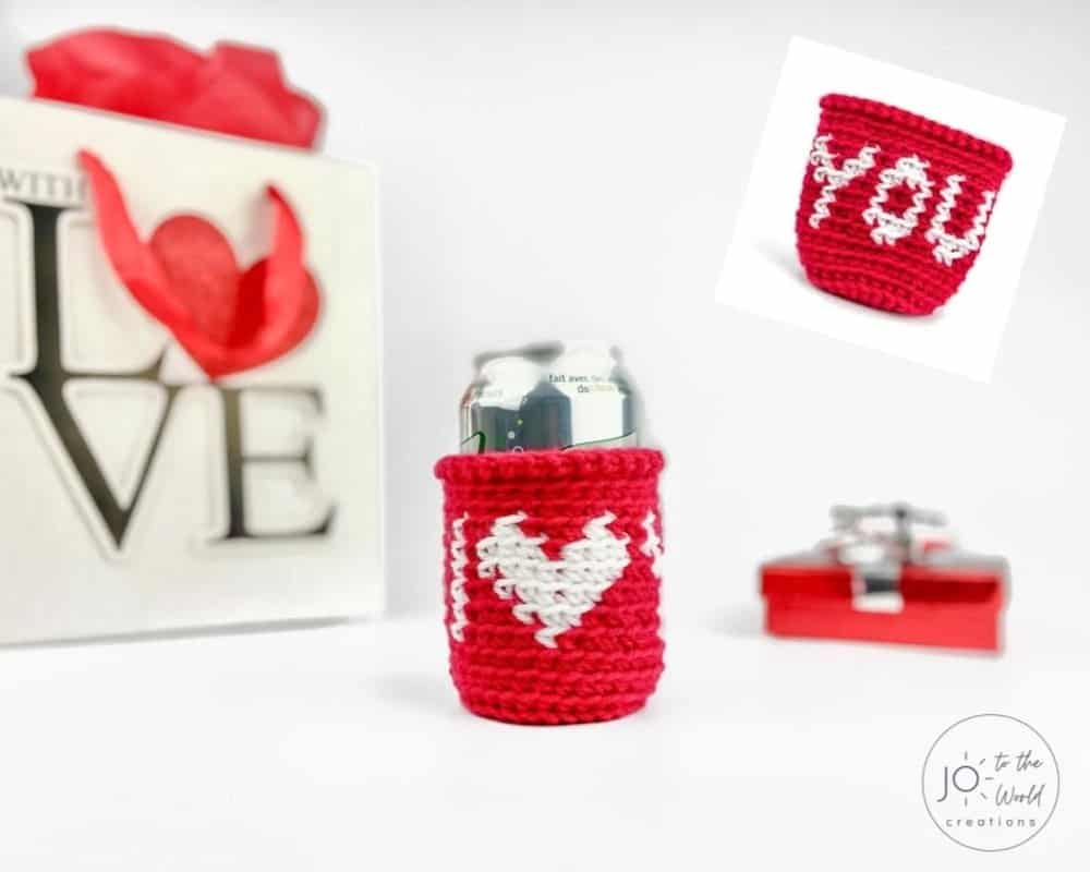 quick crochet can cozy for Valentine's Day