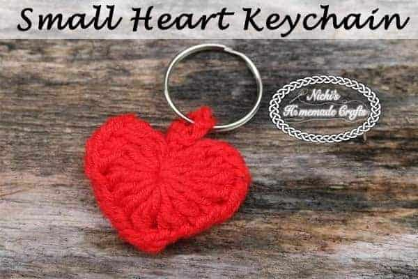 heart shaped crochet Valentine's Day keychain