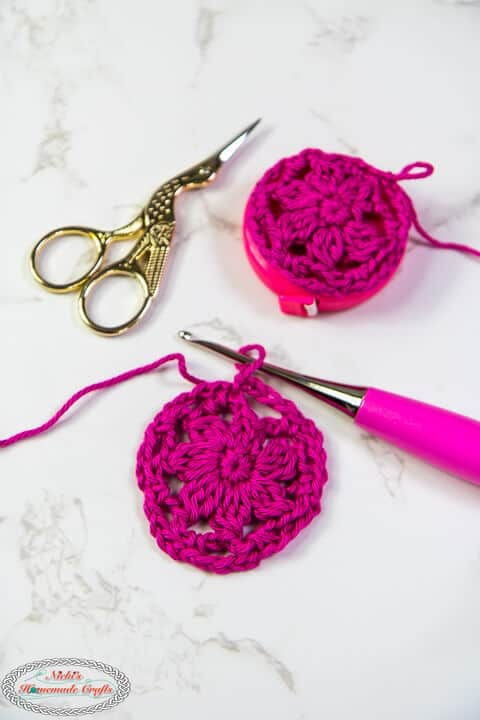 Crocheting the circles for the Lacy Measuring Tape Cover