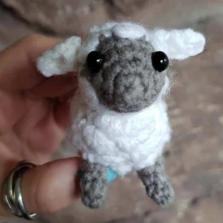 miniature lamb crochet pattern