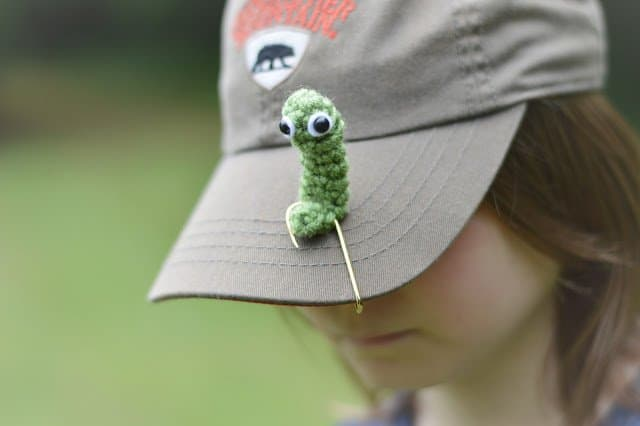 crochet worm on a hook for fishing dad