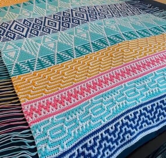 Mosaic Crochet Multi-Color Crochet technique