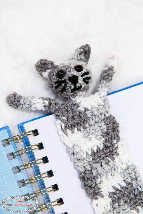 Cabeça de marcador de gato de crochê