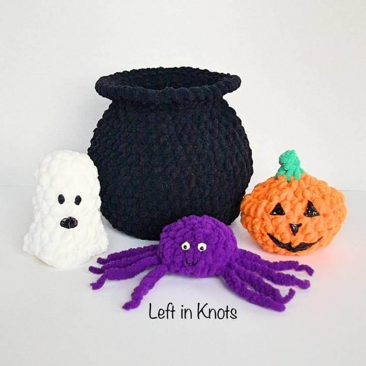 Padrão de caldeirão de Halloween de crochê